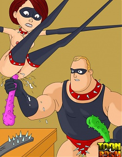 Incredibles go unleashed in their BDSM games